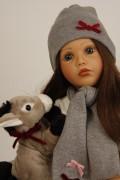 """Carolina sitzend von Sybille Sauer """"Made in Germany""""-  Artikel-Nr.: 33453951 Fa. Schildkroet 2020"""
